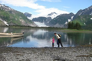 Off the Beaten Path - Kids Love to Explore :: Tailored vacation stays around Glacier and Waterton Parks. Enjoy guided hikes with interpretive guides showing all the breathtaking details of this Crown of the Continent.