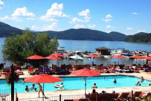 Lodge at Whitefish Lake - near Glacier Park : Full-service lakefront hotel & resort provides luxury lodge suites or 2 & 3-bdrm condos year-round. On-site fine dining, plus spa, marina, winter ski packages & concierge.