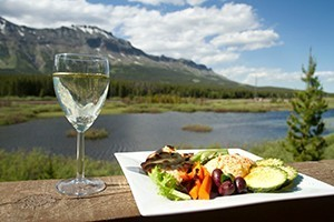 Summit Mountain Lodge - ideal Glacier Getaway : Warm mountain cabins on the Continental Divide. Outstanding steakhouse on-site, plus full bar. Look out to see moose in the pond, eagles in the sky & incredible scenery.