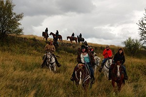 Bar W Ranch - horseback trail rides or equestrian :: Horseback adventures are our specialty at the Bar W Ranch. From 1 or 2-hour trail rides (open to the public) to complete equestrian lessons and training. Rides start at $45.