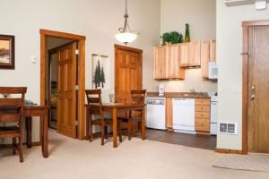 Glacier Ridge Suites - nightly rentals year-round