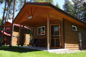 Historic Tamarack Lodge and Family Cabins