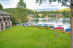 Marina Cay - Full Service Resort on Flathead Lake