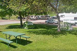 Greenwood Village RV Park - downtown Kalispell