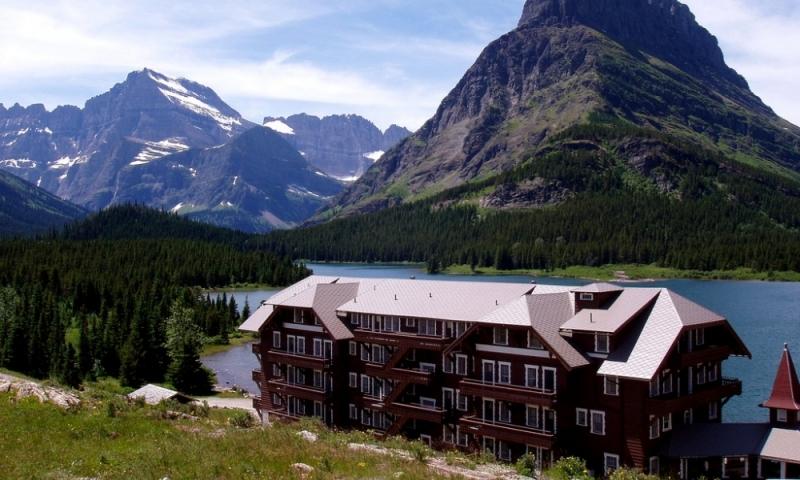 Best Hotels Near Glacier National Park