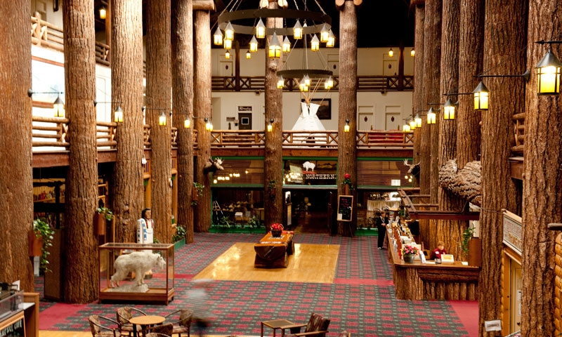 Glacier Park Lodge Interior Montana Glacier National Park Lodging